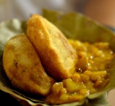 This Kolkata stall is selling kochuris at 25 paise for last 29 years