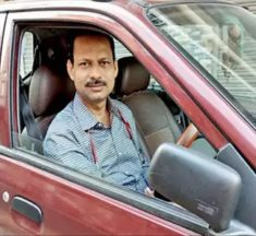 Kolkata: Doctor drives 540km to drop 8-year-old patient, kin home