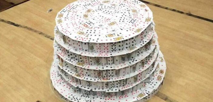 In Calcutta school and no fans, for a tower of cards